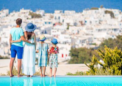 family-in-greece