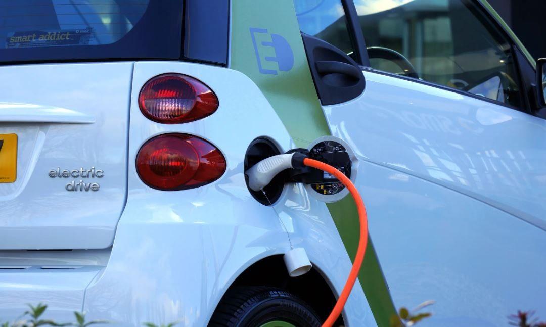 Waarom je nu moet beginnen met elektrisch rijden
